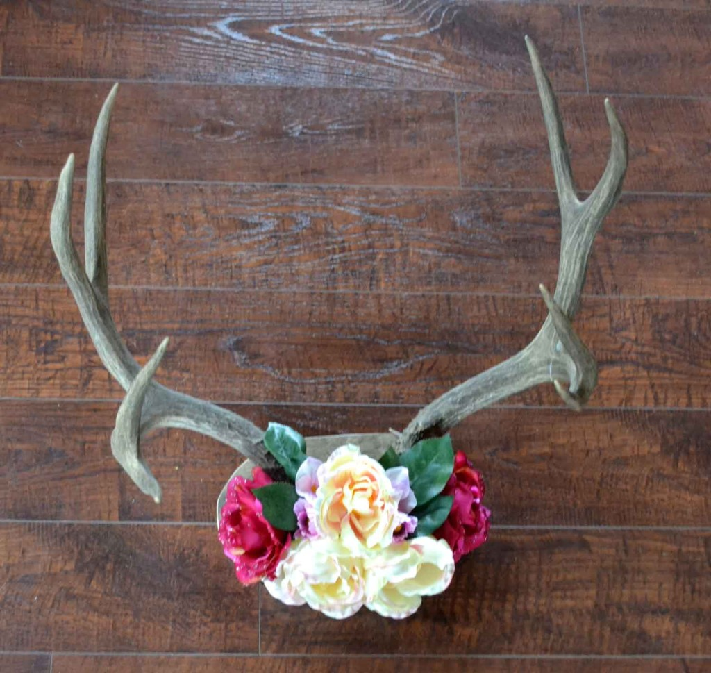 23 Diy Decoration Ideas Using Antler, choice is endless
