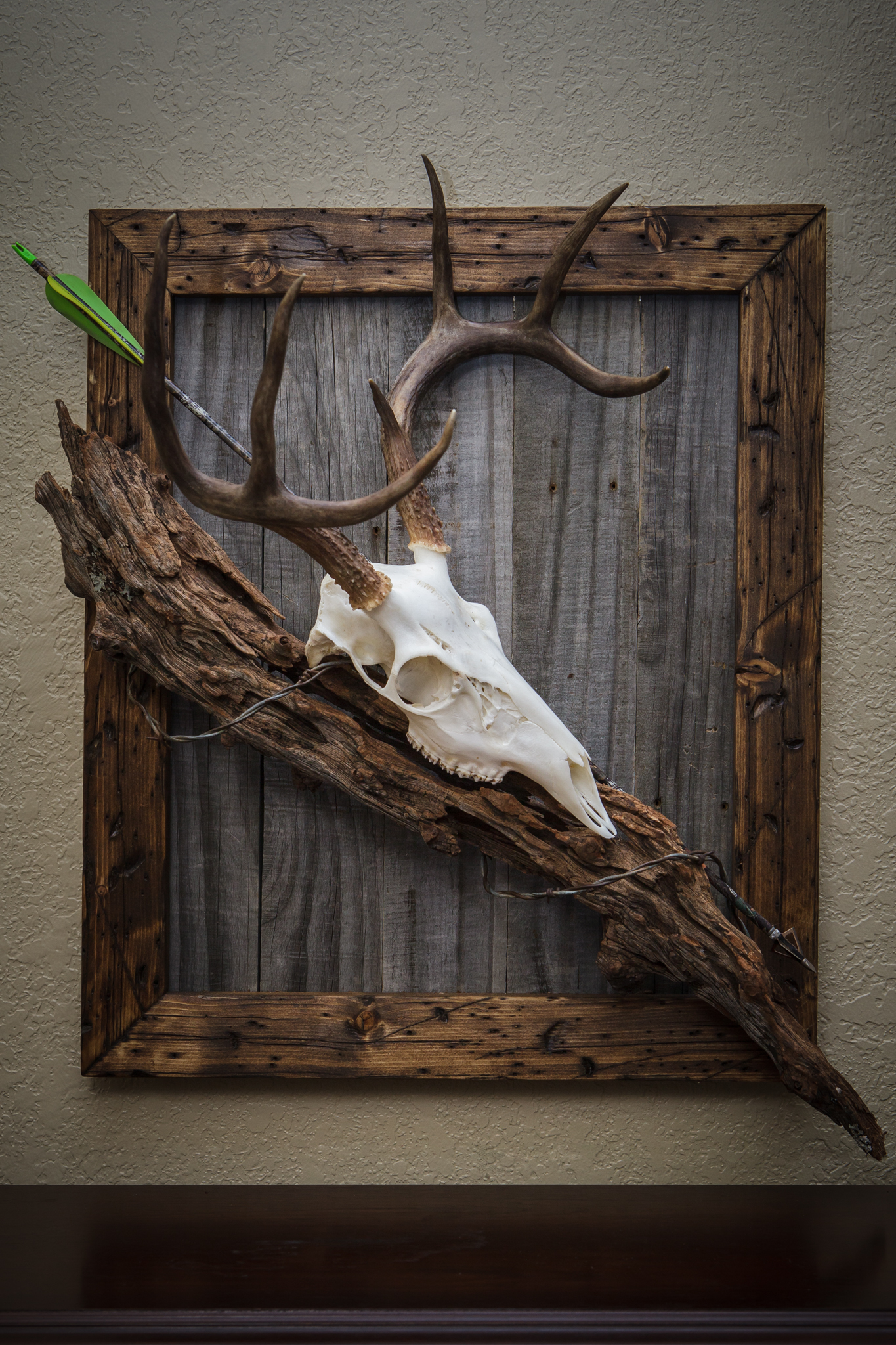23 diy decoration ideas using antler choice is endless for Antler decorations for home