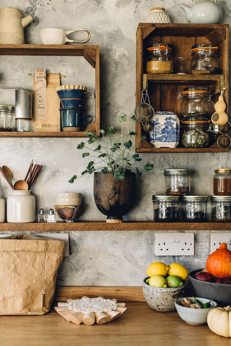 kitchen shelves ideas (8)