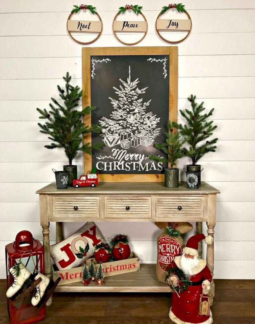 inspiring Ideas for Rustic Christmas Decorations (11)